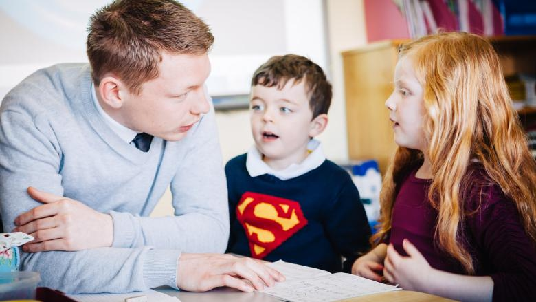 Do you have a pupil who is Deaf or Hard of Hearing enrolled in your Gaelscoil?